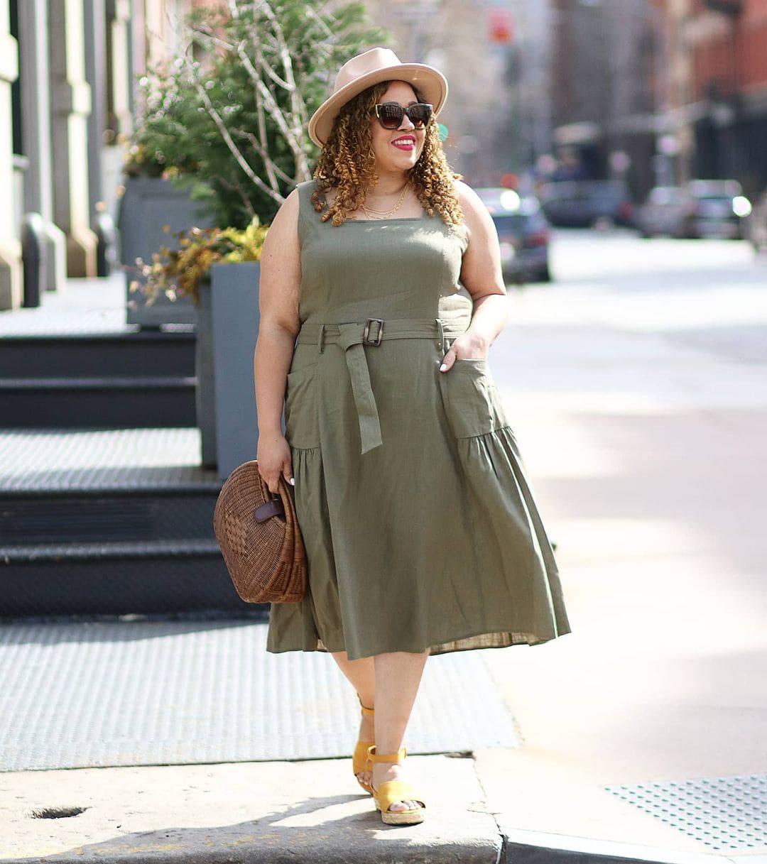 Sandra wears a sundress and sandals   40plusstyle.com