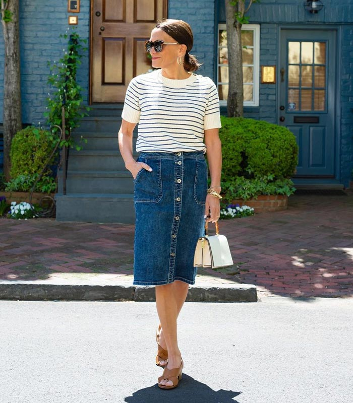 How to style a denim skirt with the best denim skirt outfits to try