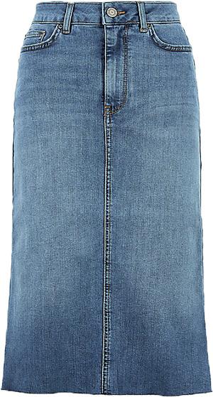 Marks & Spencer midi skirt | 40plusstyle.com