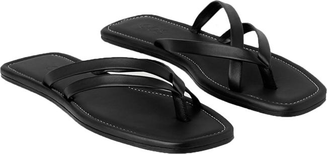 COS Leather Flip Flop | 40plusstyle.com