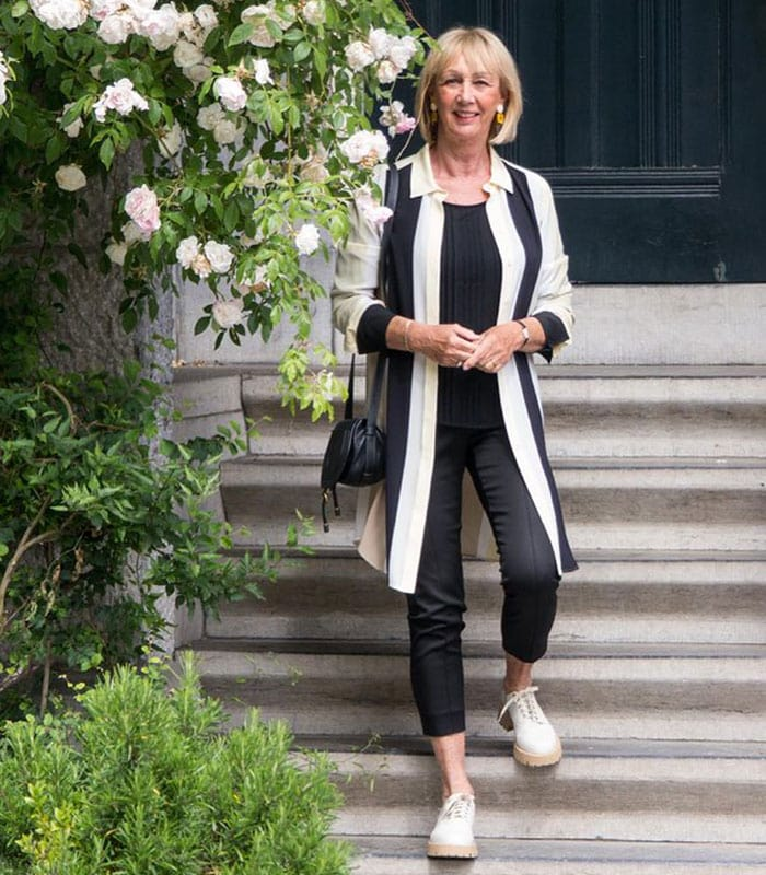 WHAT TO WEAR WITH BLACK JEANS AND THE BEST BLACK JEANS TO CHOOSE | 40plusstyle.com