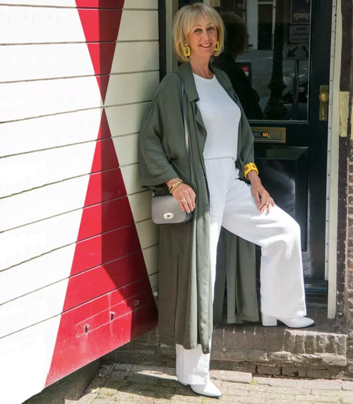 How to dress the inverted triangle body shape