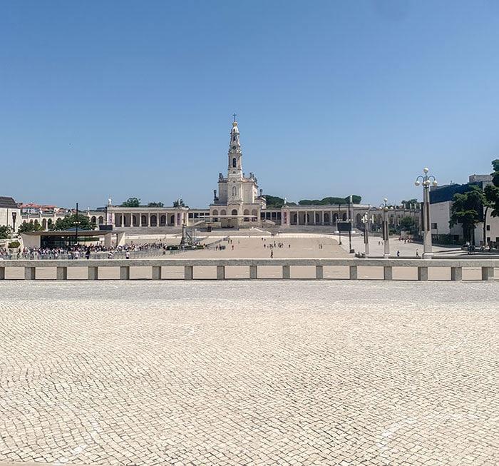 Pilgrim city Fatima in Portugal   40plusstyle.com