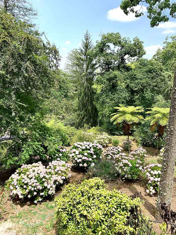 gardens of the Quinta da Regaleira palace Sintra | 40plusstyle.com