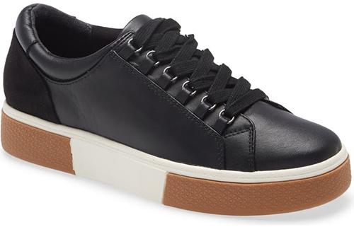 Caslon sneaker | 40plusstyle.com