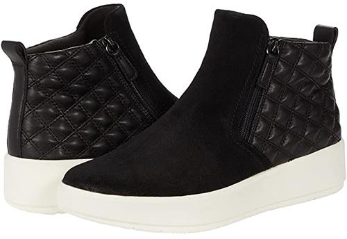 Clarks Layton Zip Sneaker | 40plusstyle.comClarks Layton Zip Sneaker