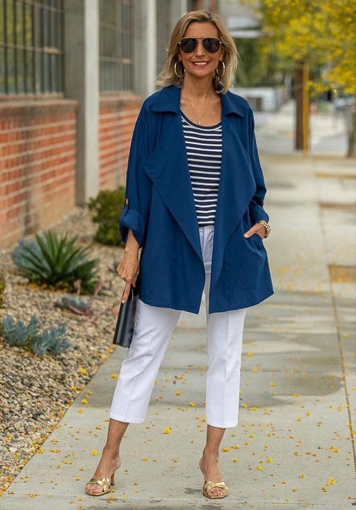 Striped top and white pants outfit | 40plusstyle.com