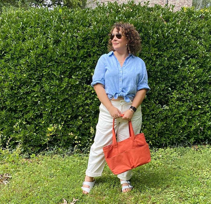 Shoes with arch support - Alison wears Birkenstock sandals   40plusstyle.com
