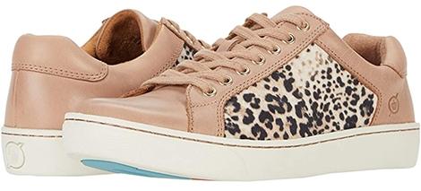 Born Sur Sneaker | 40plusstyle.com