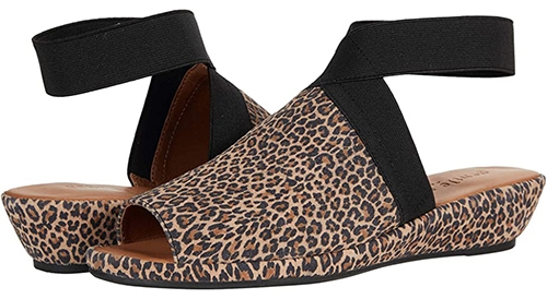 Gentle Souls by Kenneth Cole Lily X Cross Elastic Sandal   40plusstyle.com