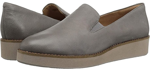 Shoes with arch support - Softwalk loafers   40plusstyle.com